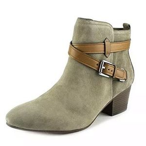 Coach Gray/Nuback suede ankle boots sz. 8 shoes